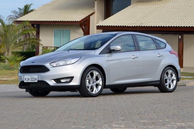 Ford-Focus-2016-SE