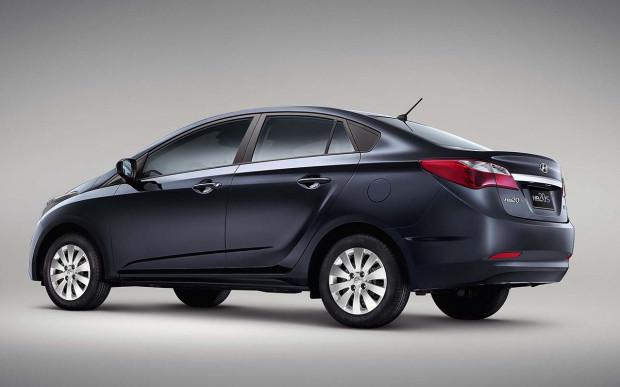 Hyundai-HB20S-Comfort-Plus