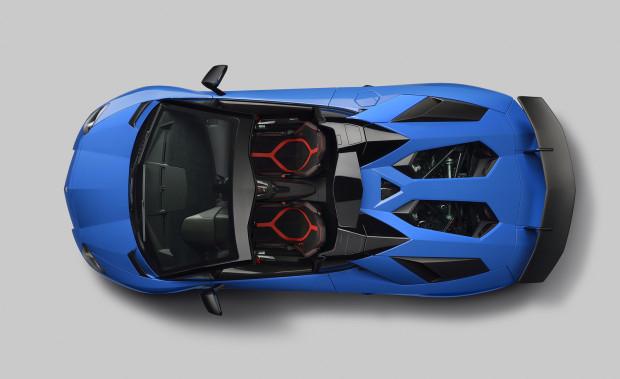 Lamborghini-Aventador-SV-Roadster-7
