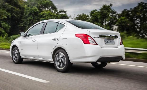 Nissan-New-Versa-SV