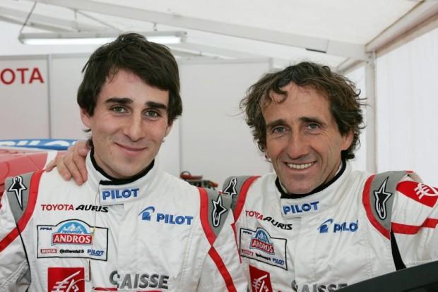 EXCLUSIF : Le professeur, quadruple Champion du Monde de Formule 1, Alain Prost et son fils Nicolas en essais sur la Toyota Auris qui a gagné le Trophée Andros 2006/2007. Contact bernard BAKALIAN : +33 6 80 72 46 32. Email : bernard@bakalian.com