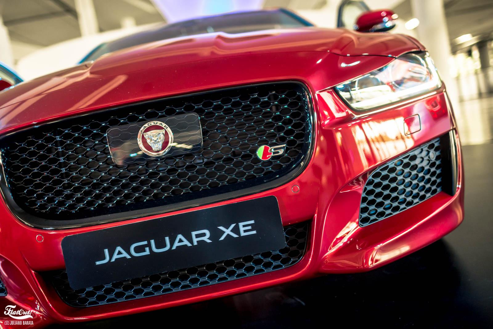 jaguar xe lan ado no brasil por a partir de r 170 mil. Black Bedroom Furniture Sets. Home Design Ideas