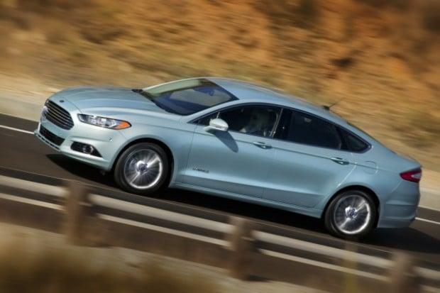 2013-ford-fusion-hybrid