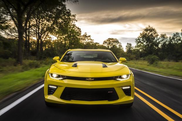 2016-Chevrolet-Camaro-SS-6