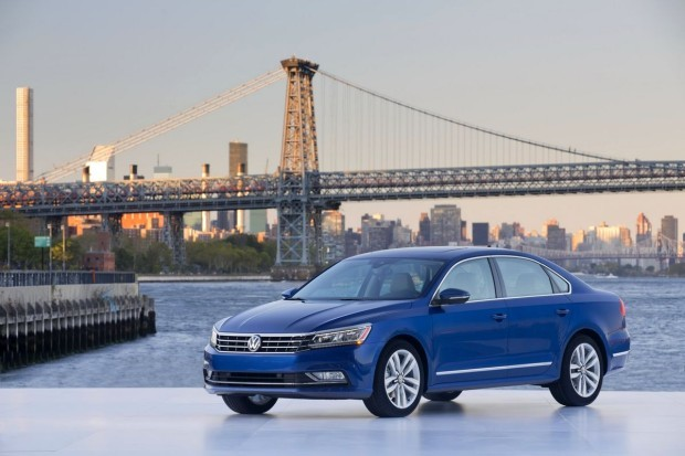 2016-VW-Passat-10-620x413