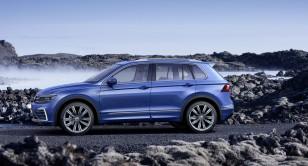 2017-VW-Tiguan-GTE-7