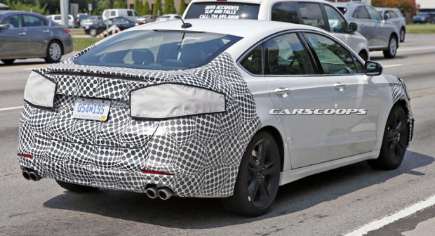 2018-Ford-Mondeo-ST-1055