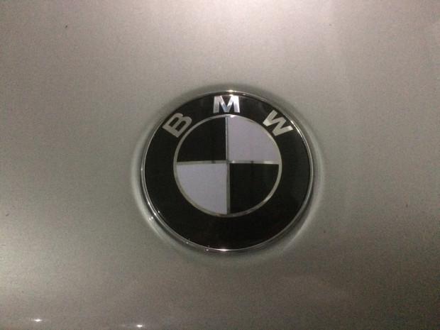 BMW-330i-2001-8