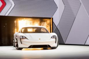 Porsche-Mission-E-11