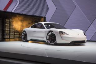 Porsche-Mission-E-14