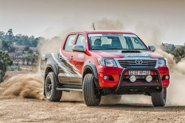 Toyota-Hilux-Racing-Experience-7