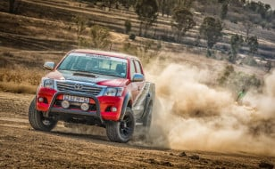 Toyota-Hilux-Racing-Experience-9