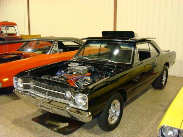 1968-Dodge-Hemi-Dart_06