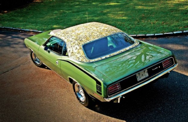 1970-plymouth-barracuda-hemi-rear-above
