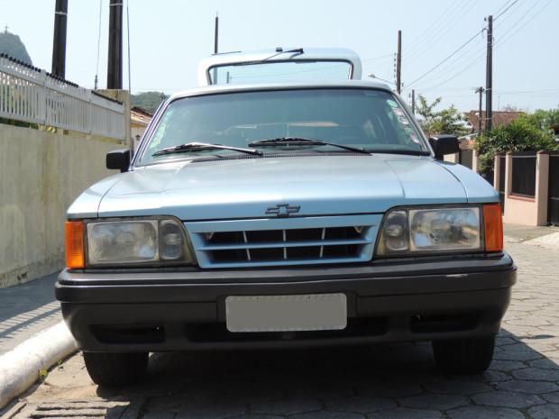 Chevrolet-Caravan-Comodoro-1991-1