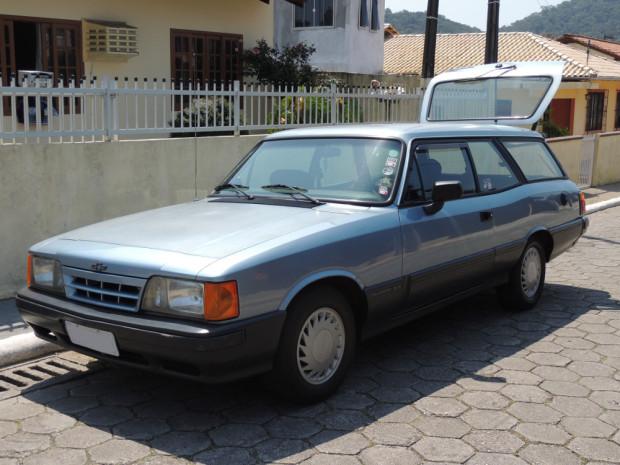 Chevrolet-Caravan-Comodoro-1991-2