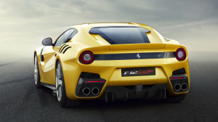 Ferrari-F12tdf-5