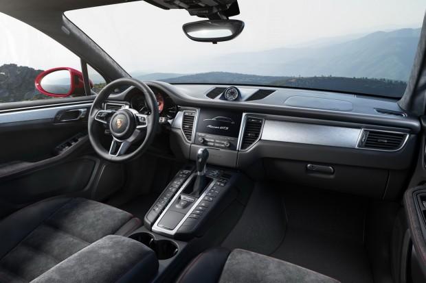 Porsche-Macan-GTS-1