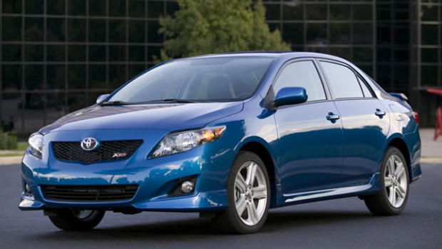 Toyota-Corolla-XRS-abre