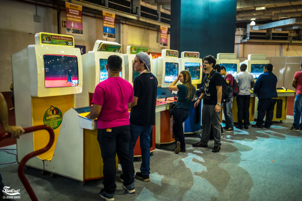 brasil-game-show-2015-flatout-barata-88