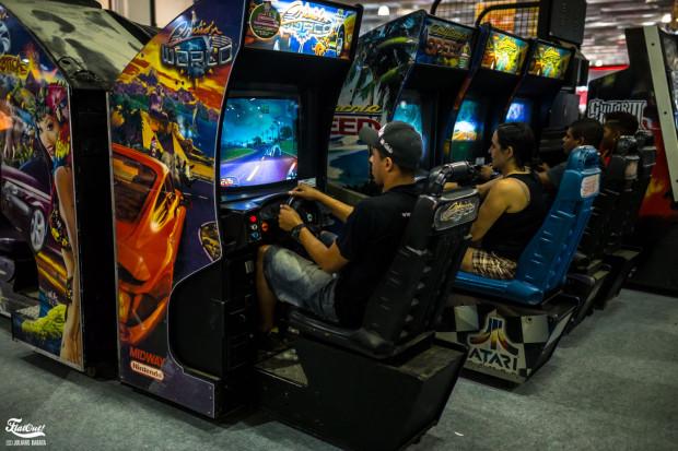 brasil-game-show-2015-flatout-barata-98