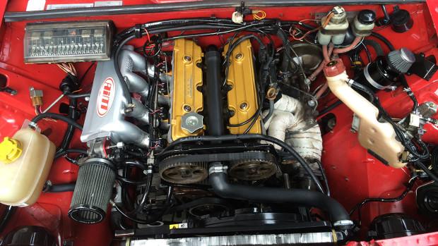 814fa697957 ... o motor 2.0 8v do Tempra entrega originalmente 105 cv — um ganho de  potência já bastante significativo em comparação à potência original do  Laika.