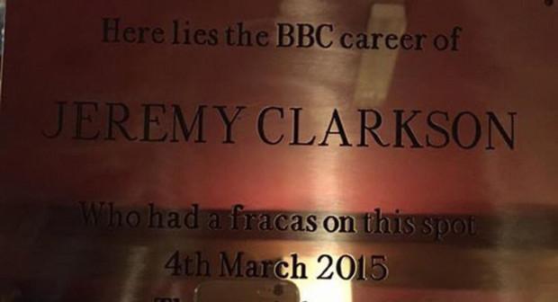 JeremyClarksonPlaque_Open