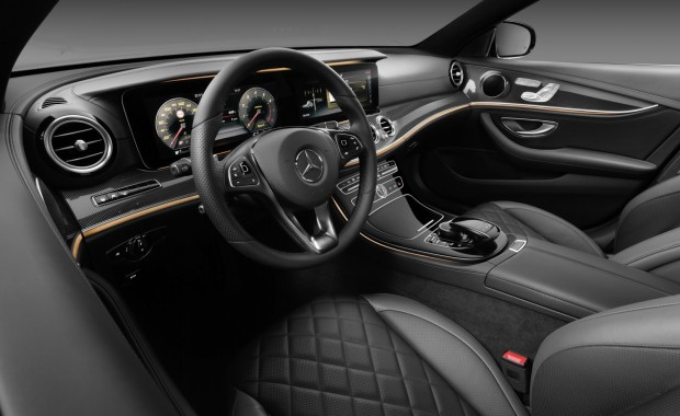 2017-Mercedes-E-Class-Interior-Carscoops6