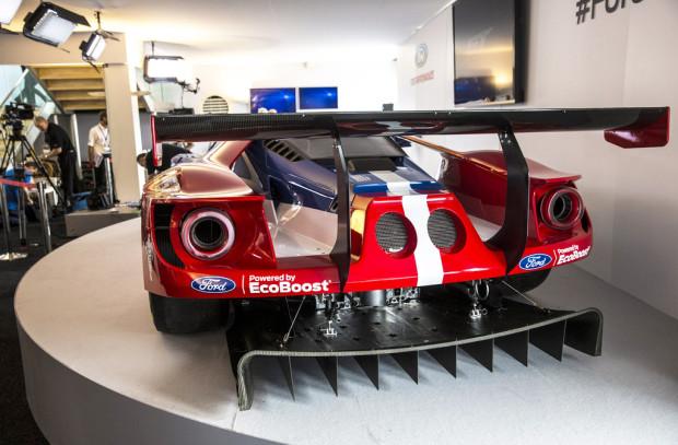 ford-gt-rear
