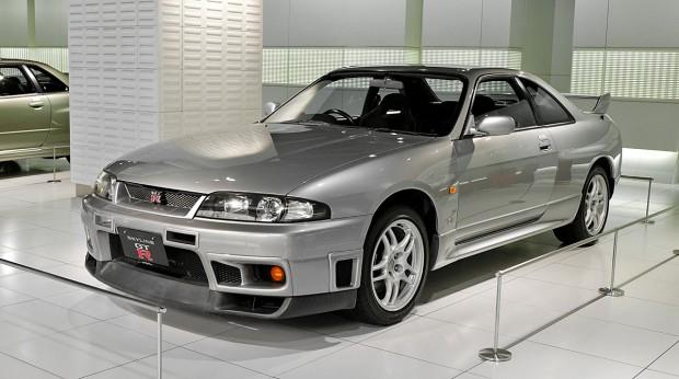 Nissan_Skyline_R33_GT-R_001