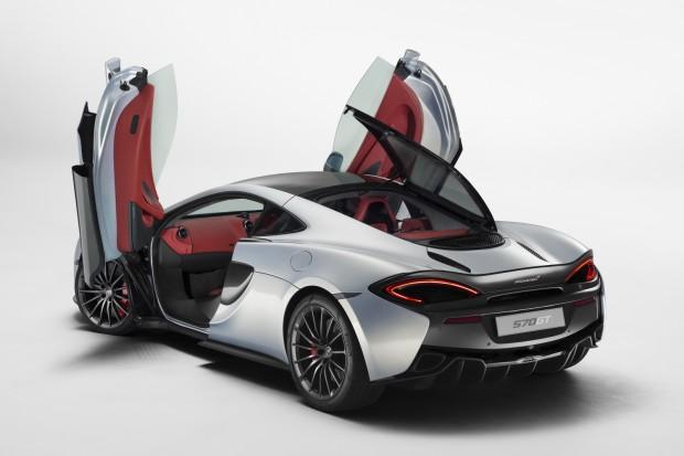 2016-McLaren-570GT-04