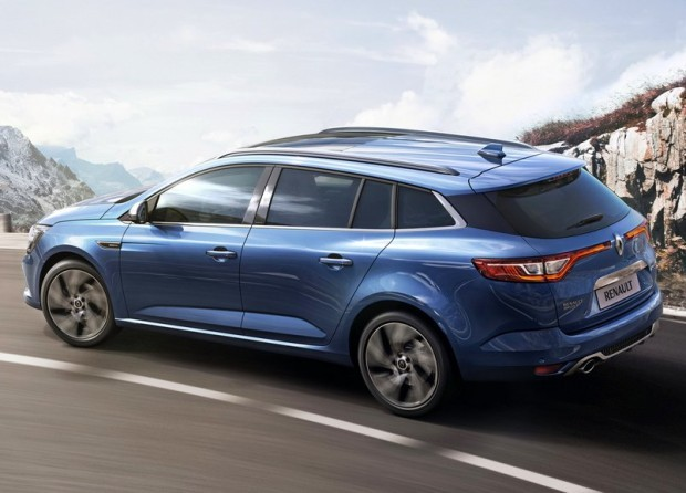 2017-renault-megane-estate-2-620x446