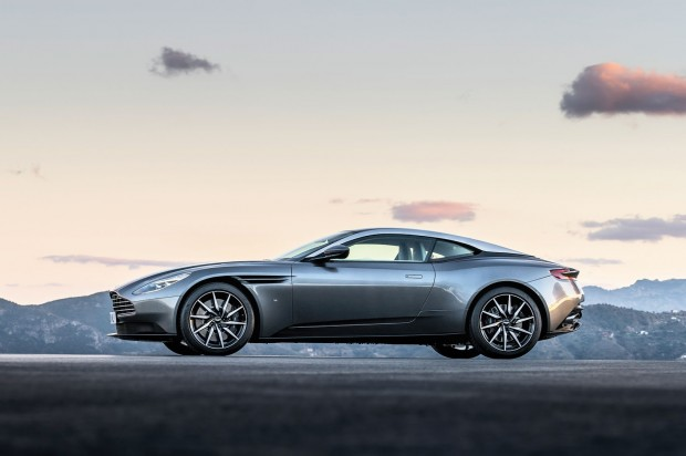 Aston-Martin-DB11-3