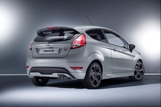 Ford-Fiesta-ST200-2-620x413