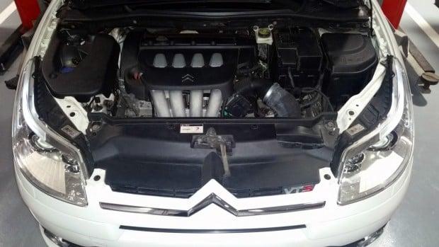 Foto 22 - Cofre do motor