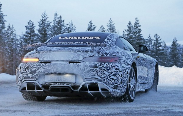 Mercedes-AMG-GT-R-14