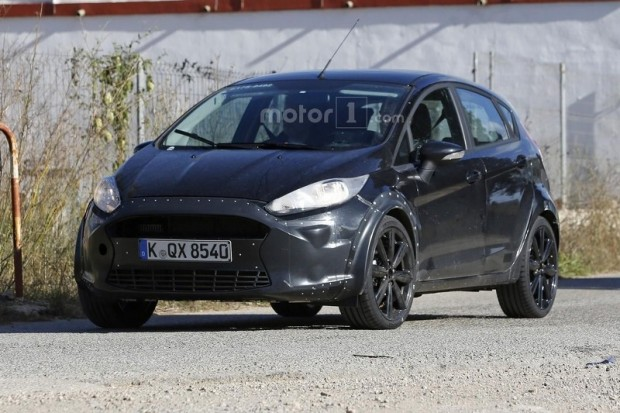 ford-fiesta-test-mule-spy-photo