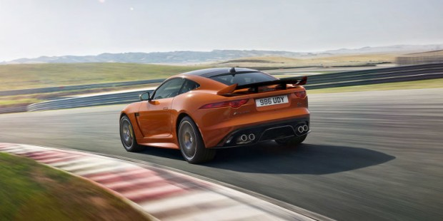 gallery-1455665450-jaguar-f-type-svr-18-coupe-track