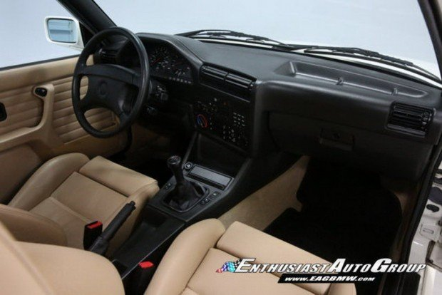 1991-BMW-M3-22