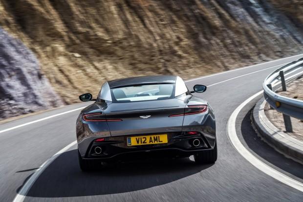 Aston-DB11-17