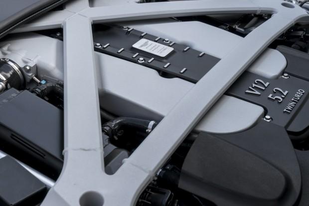 Aston-DB11-38