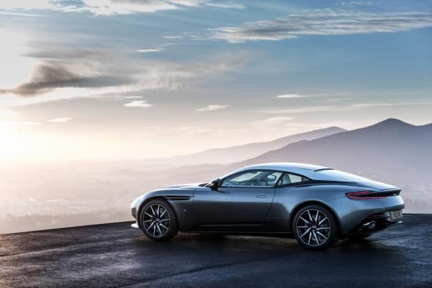 Aston-DB11-7