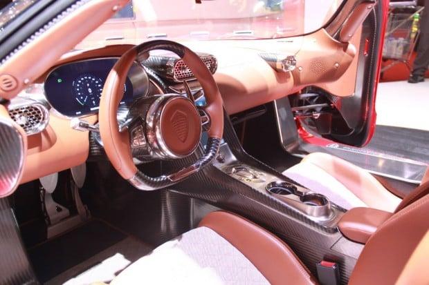 Koenigsegg-Regera (15)