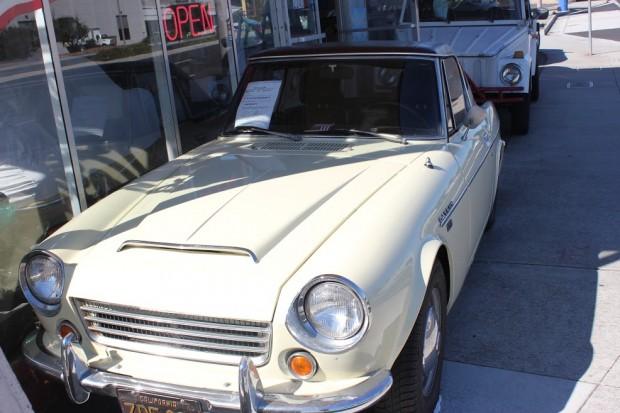 39-Datsun
