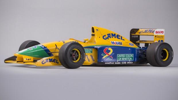 Você precisa comprar o Benetton B191 que já foi de Nelson Piquet e Michael Schumacher