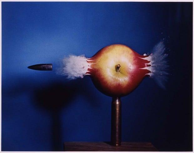 bullet-apple