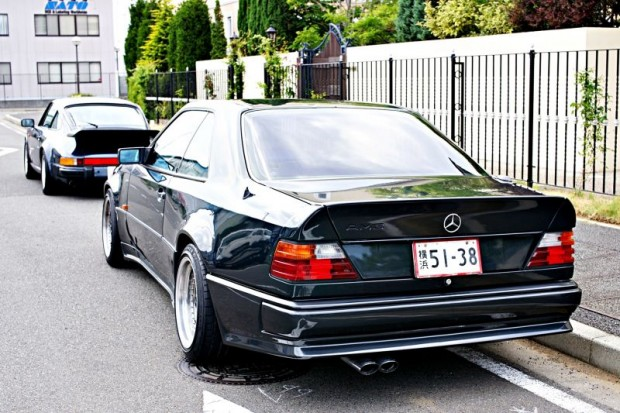 1990-Mercedes-300CE-3.4-AMG4