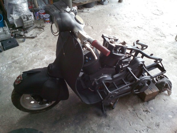 Vespa-with-a-155-ci-V-Twin-06-620x465