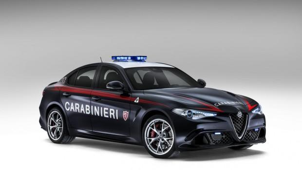 alfa-romeo-giulia-quadrifoglio-for-the-carabinieri-2