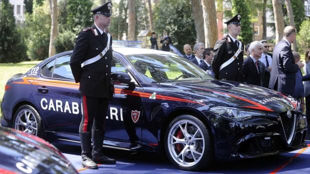 alfa-romeo-giulia-quadrifoglio-for-the-carabinieri